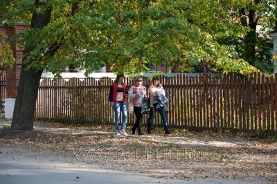 три студентки в Калязине