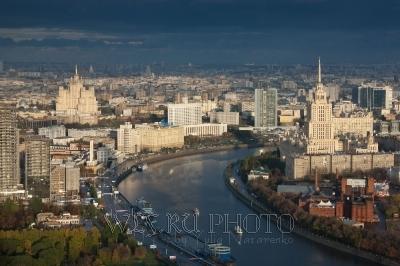 Вид на Москву с высоты, Белый Дом, фото большого разрешения