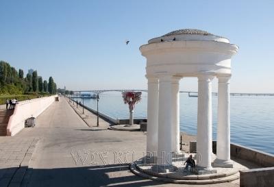 ротонда на набережной Саратов