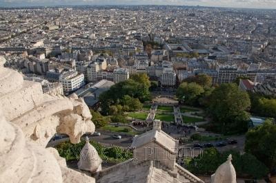 панорама парижа с тональной перспективой
