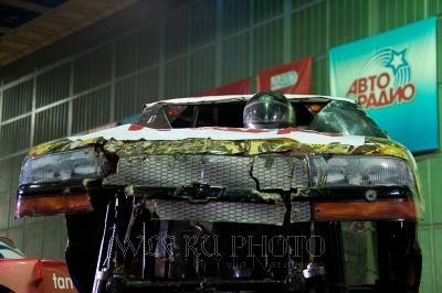 раздолбанный спорткар, бигфут, спорт авто