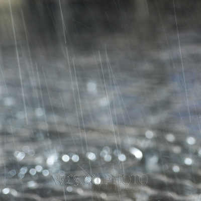 качественная фотография дождя, струи дождя фото