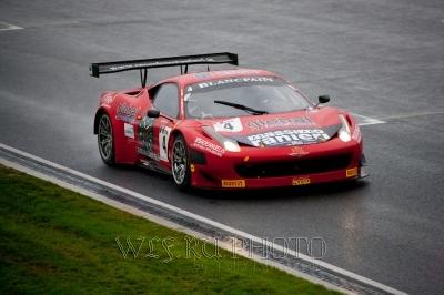спортивный автомобиль фото