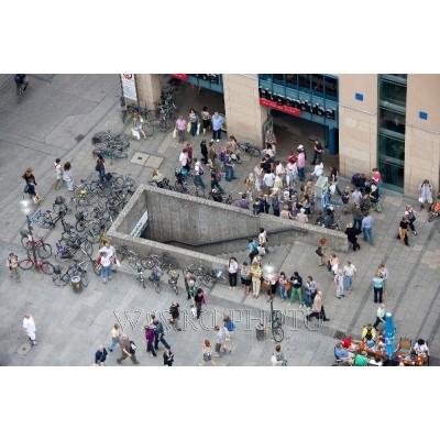 Как фотографировать город без людей и машин?